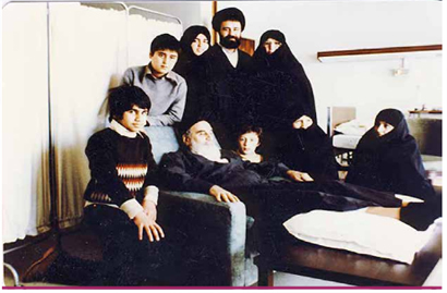 A Glance at Imam Khomeini's Familial Lifestyle